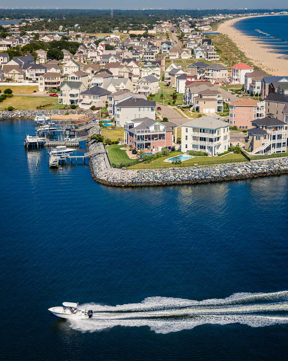 z-motorboat_aerial