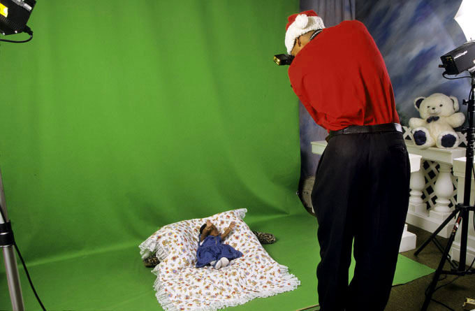 Modern Photo Studio, Christmas Eve, 2000