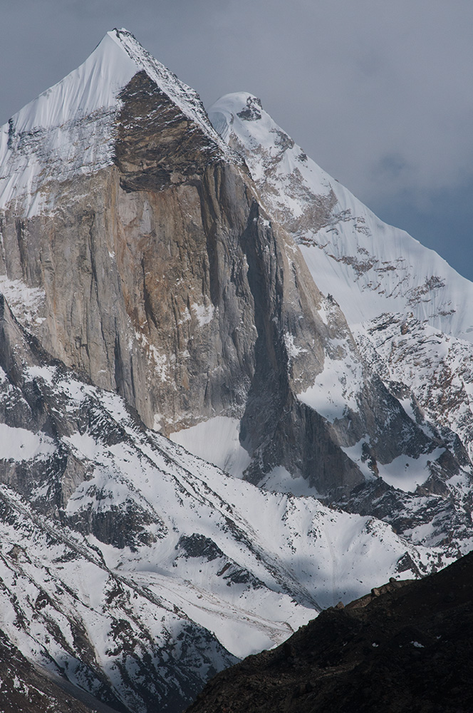 Bhagirathi III (6454m) and I (6856m) towering above the Gangotri glacier in Uttarakhand, IndiaNikon D300, 180mm
