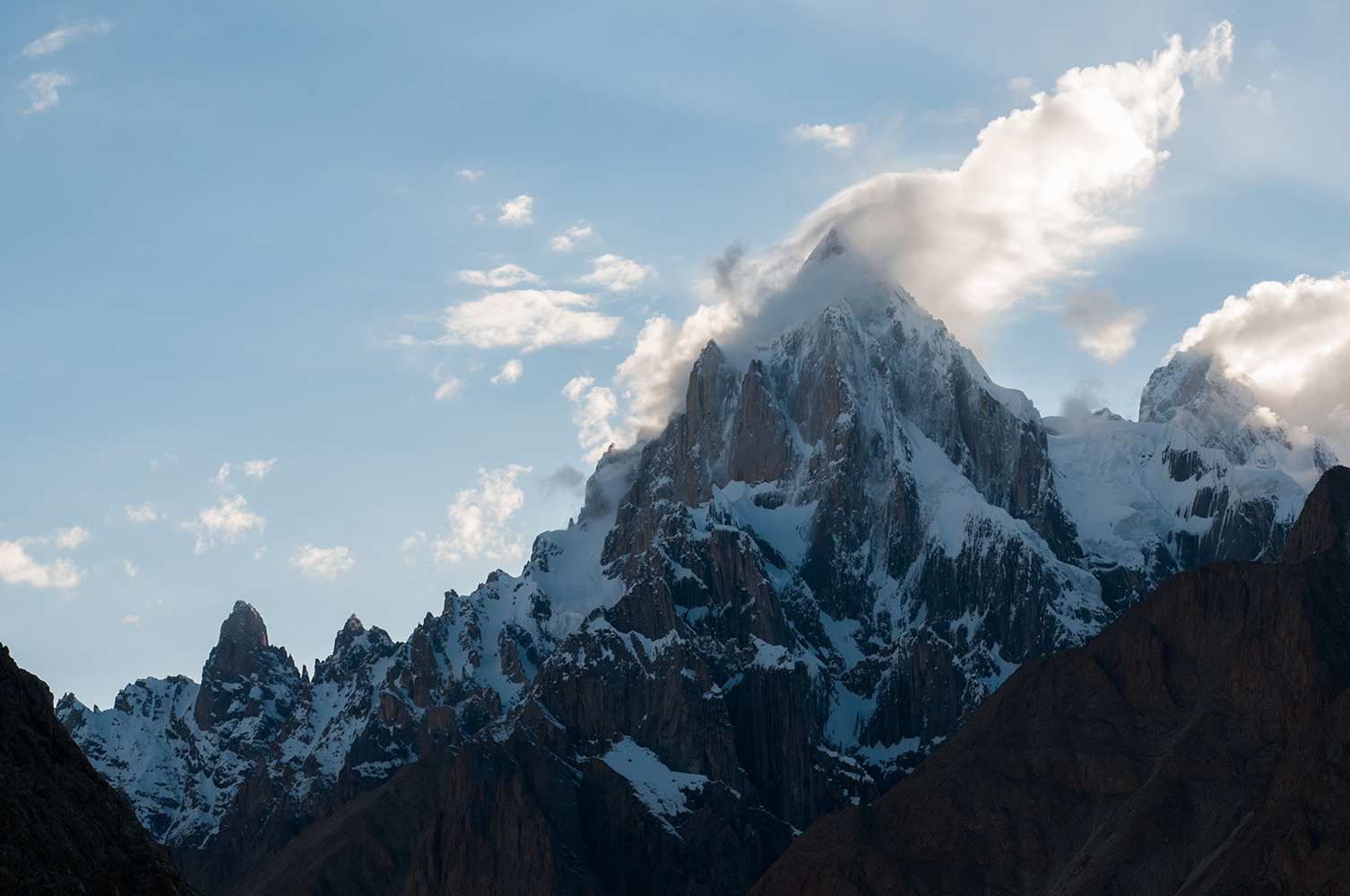 From the Baltoro glacier below Hobutse (Khoburtse)