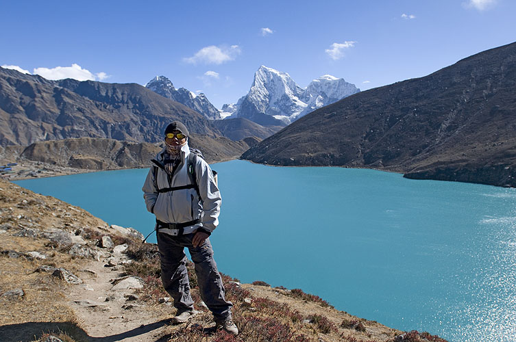 Above Gokyo Lake on the descent from the Renjo LaNikon D300, 17-35mm
