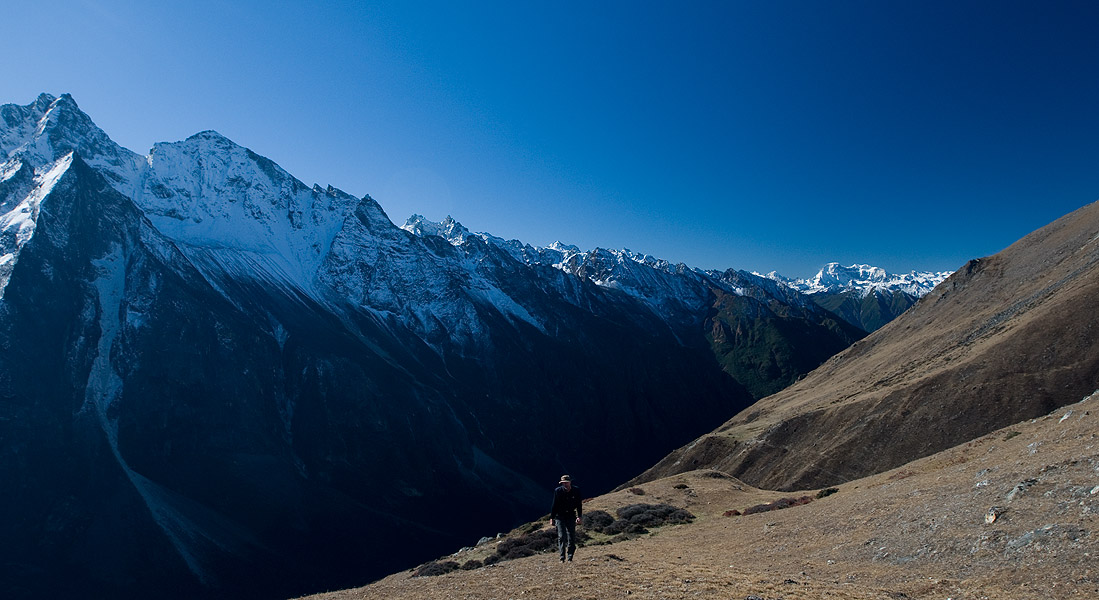 High on a ridge above the valley, with Tsendagang (7000m) beyondNikon D300, 17-35mm