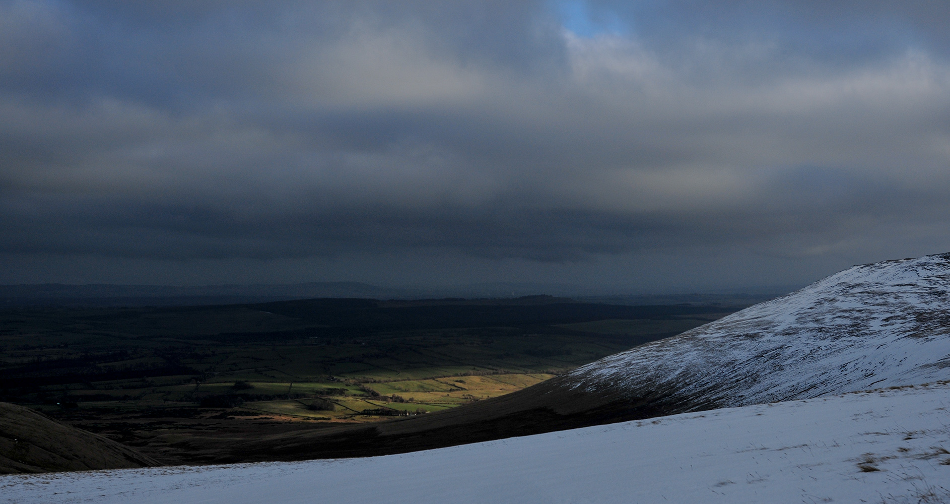 A winter afternoon on Carrock Fell, Cumbria