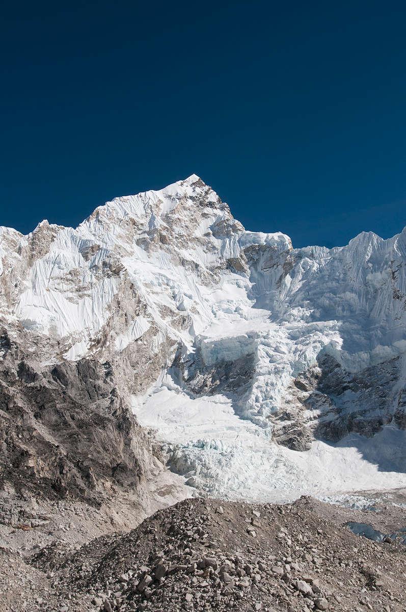 From the moraine of the Khumbu glacier at Gorak ShepNikon D300, 17-35mm. November 2008