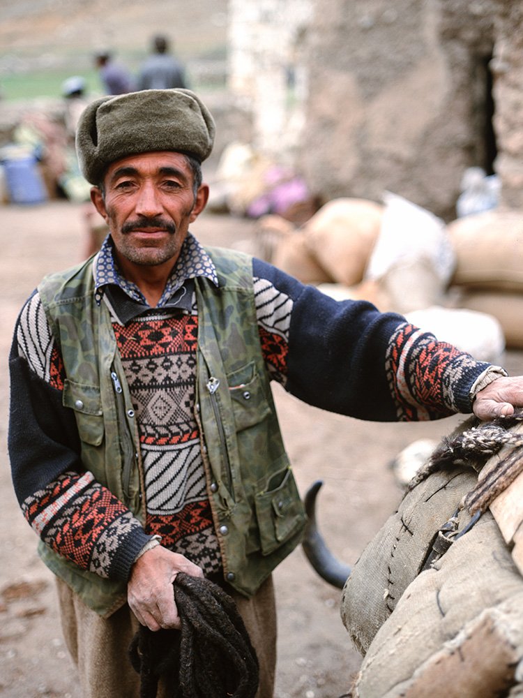 Bab Ghundi Ziarat is an Ishmaili shrine and local trading post below the Irshad Unwin pass at the head of the Chapursan valley in upper Hunza.Bronica ETRSi, Fuji RDP2