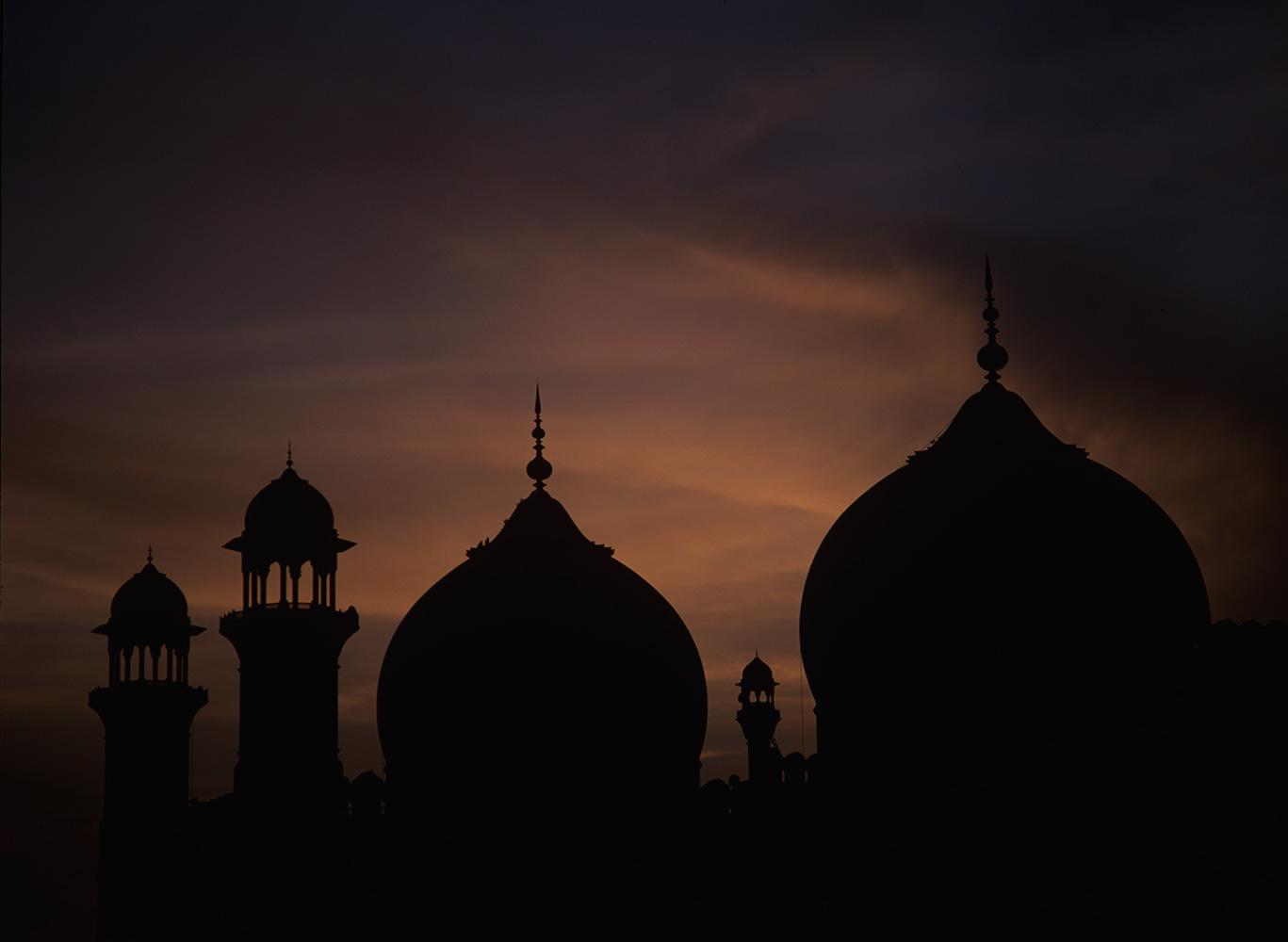 badshahi_silhouette_lahore_97RVP