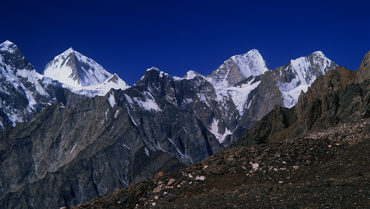 A telephoto of the summits of Pt 6177 and Garmush (6244m) looking west from the Chillinji AnBronica ETRS, 150mm, Fuji RVP