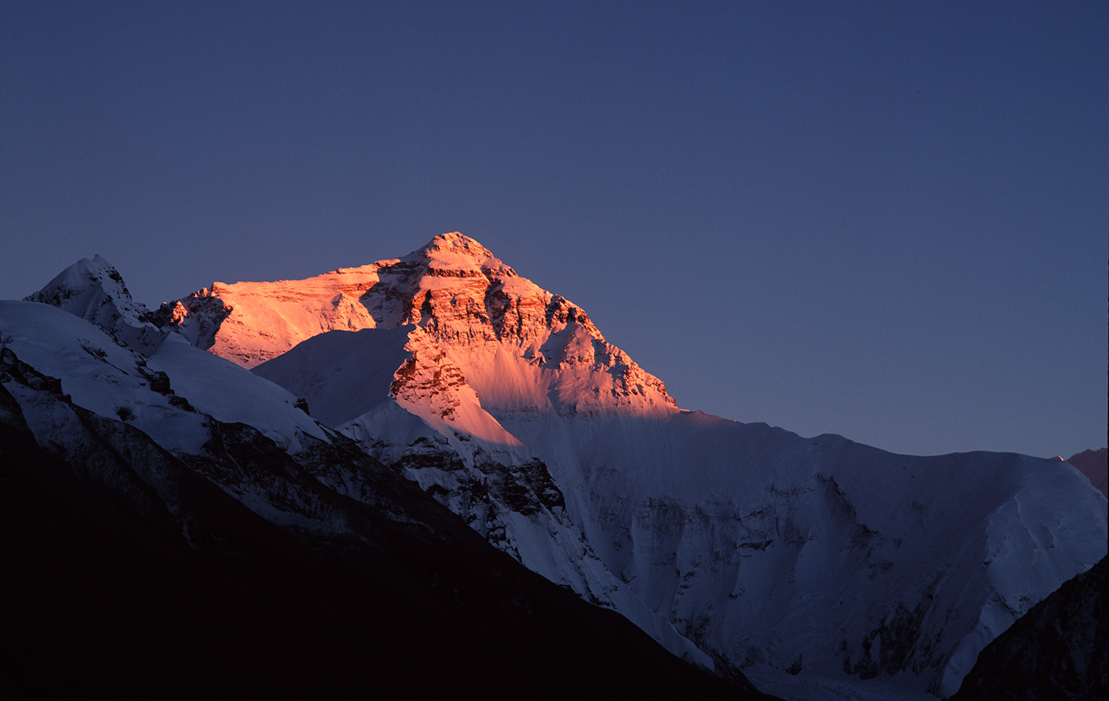 The north face of Everest (8858m) at sunset from the moraine of the Rogbuk glacier above base campBronica ETRSi, 150mm, Fuji Velvia