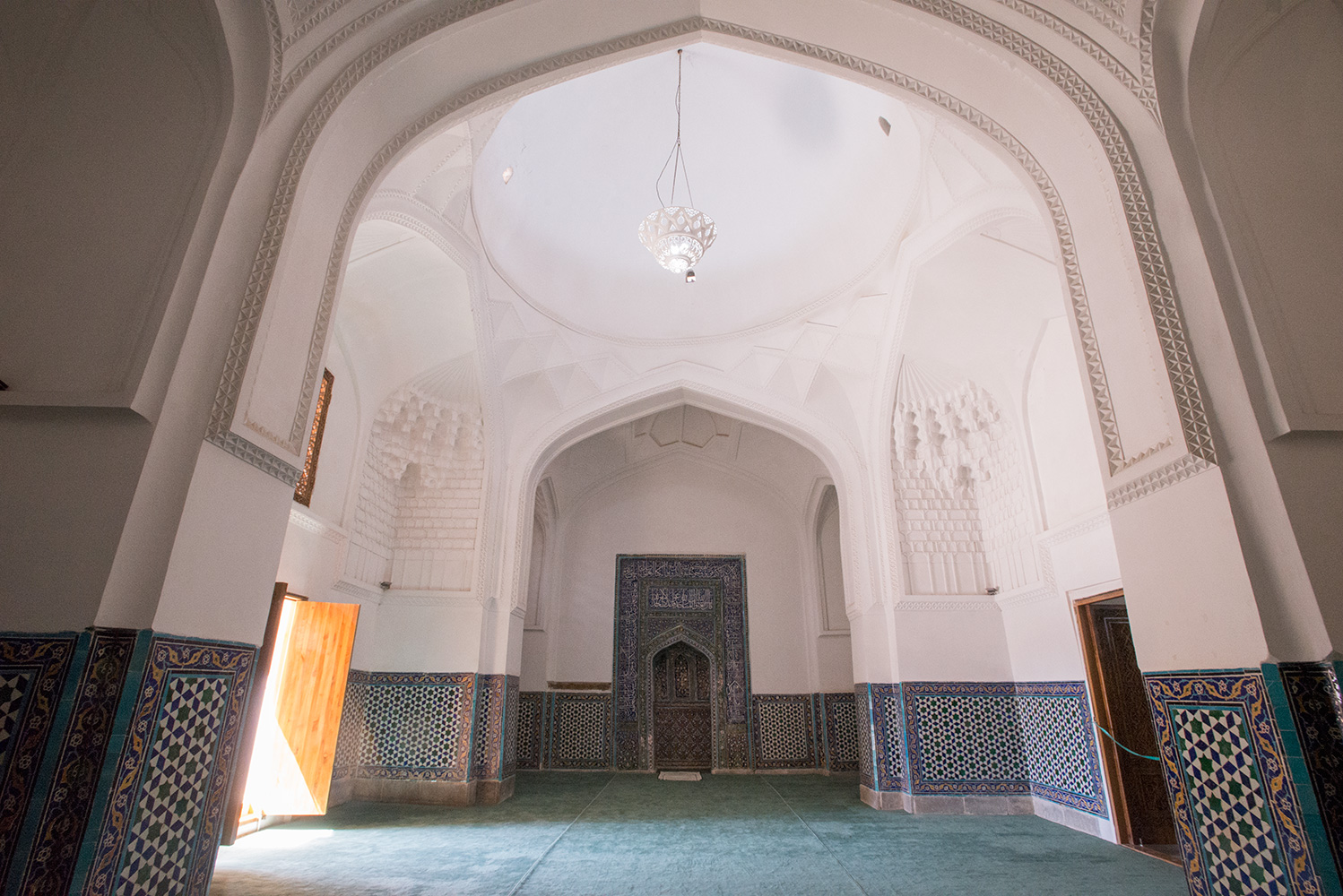 Kussan ibn Abbas MasjidBuilt in 1460The musalla and mihrab