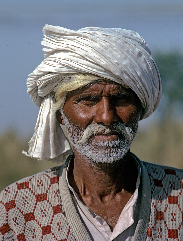 A member of a community of fishermen living on the Indus river at PanjnadBronica ETRSi, 75mm, Fuji Velvia