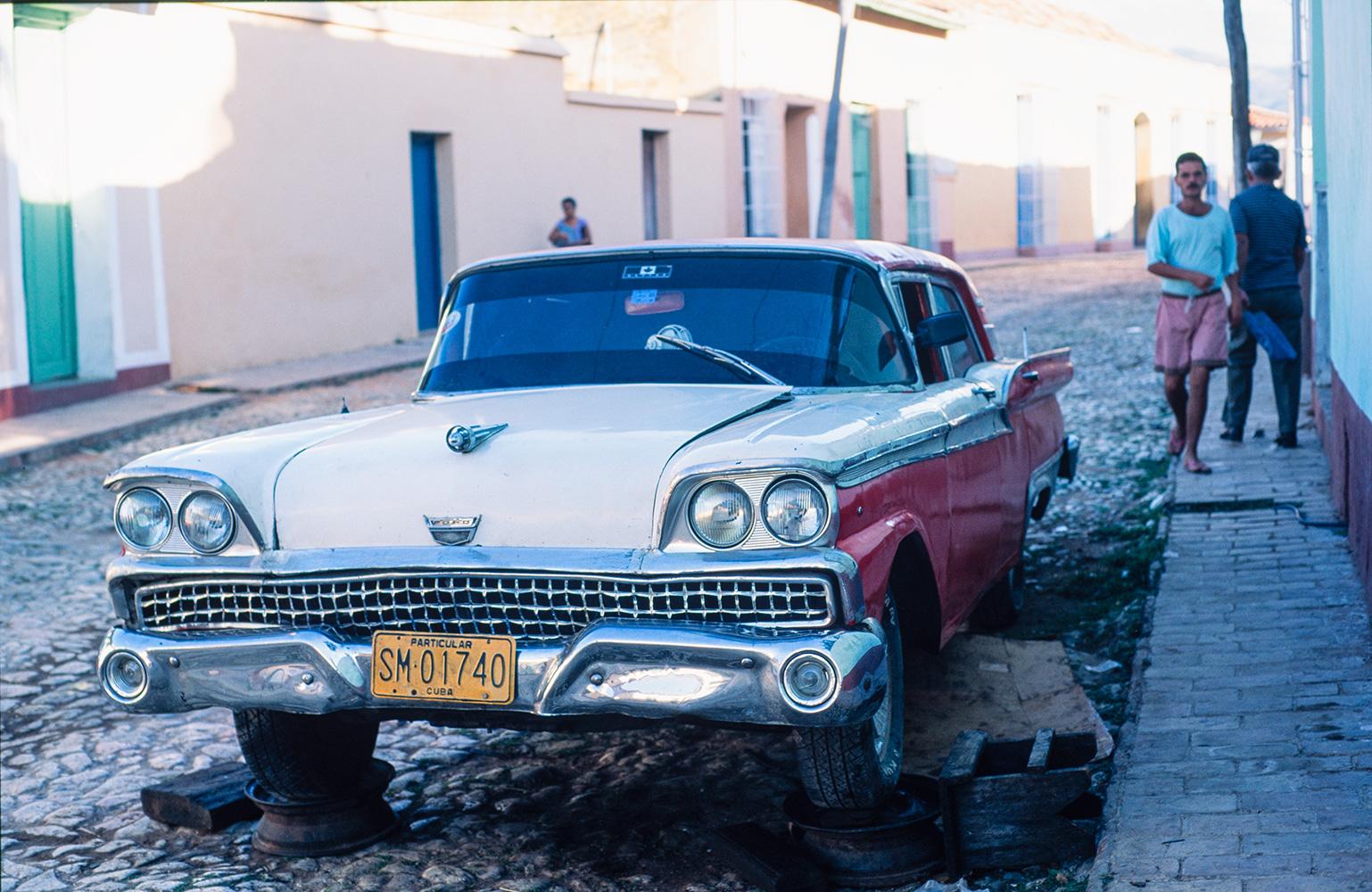 Vintage American Ford, Trinidad, Cuba