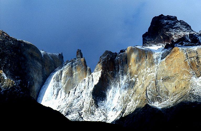 From the upper Valle del FrancesNikon FM2, 24mm, Fuji Velvia