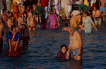 haridwar_bathing4_2004RVP