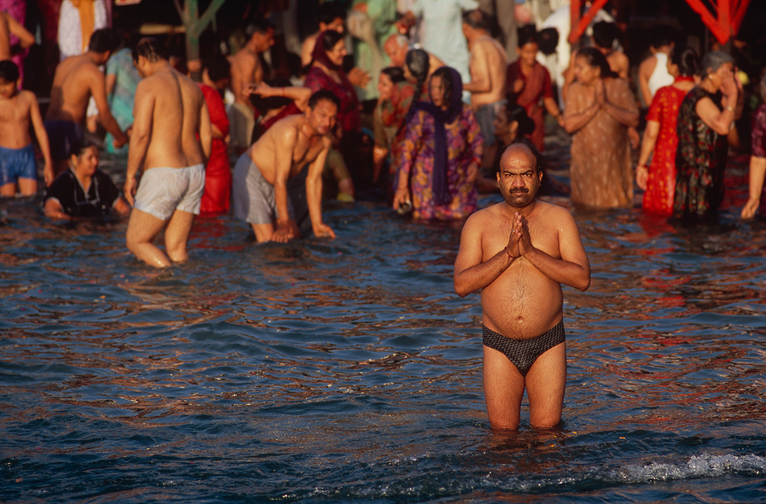 haridwar_bathing6_2004RVP
