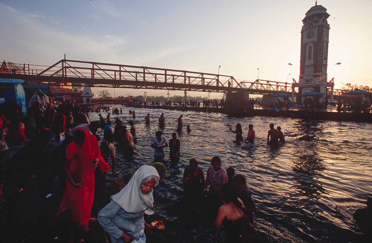 haridwar_riverfront3_2004RVP
