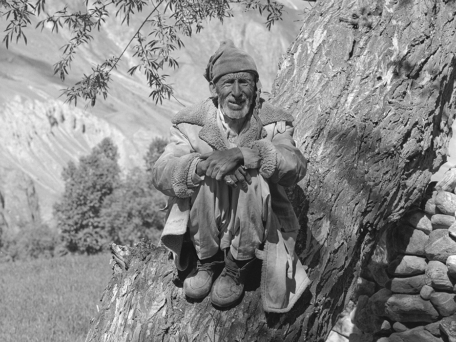 Portrait of a Balti man from Askole (Askole-Pa) sitting in a willow tree watching his sheepBronica ETRSi, 70mm, Kodak T-Max