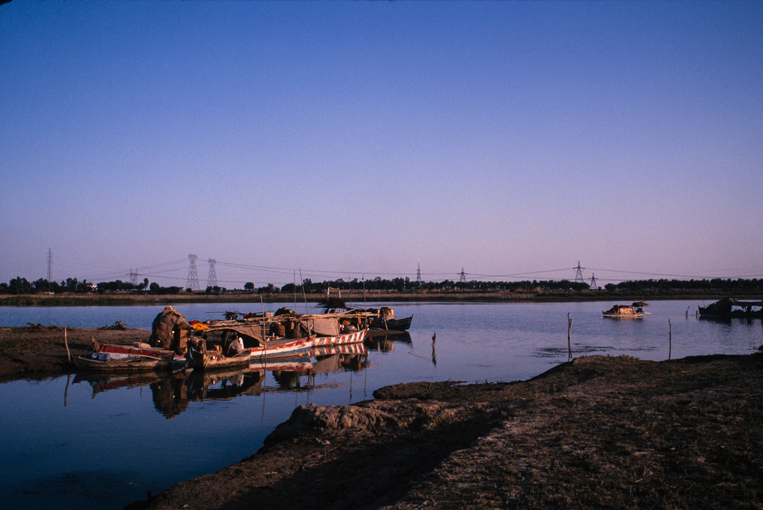 indus_panjnad_boats_sunset_97RVP