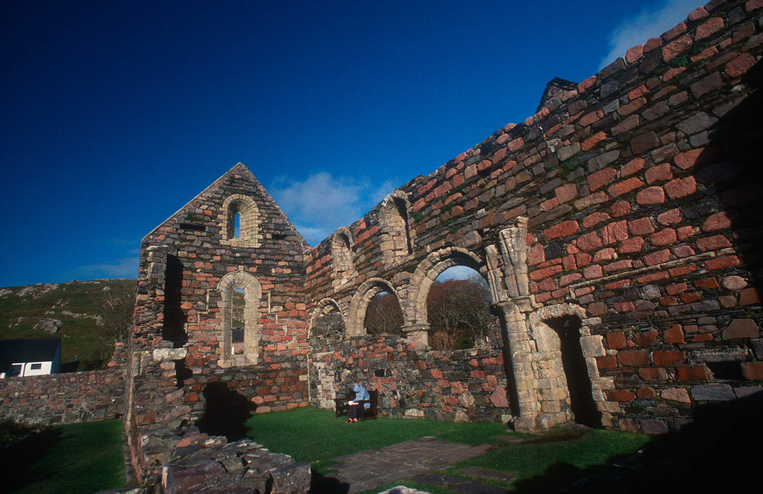 iona_abbey_01