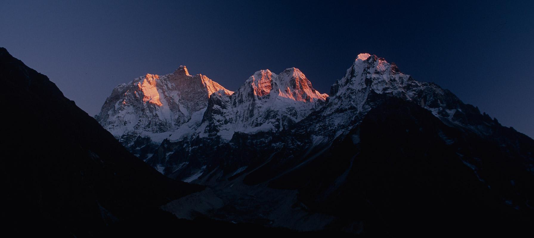 jannu_glacier_sunset_2000RVP