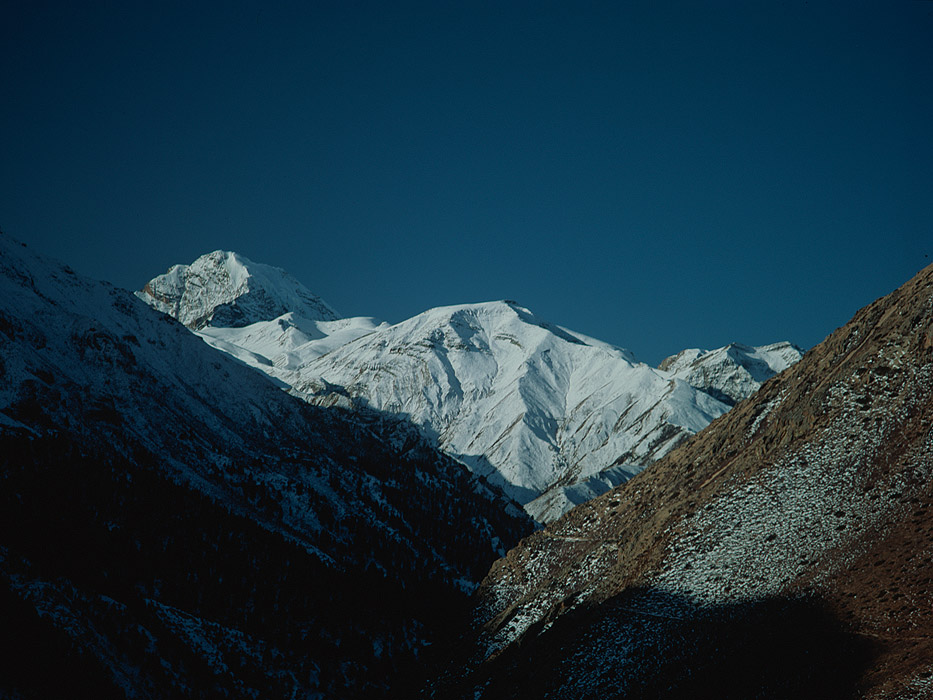 Yari is the last village in Humla before the old trade route climbs to the Nara Lagna and crosses into Tibet. These mountains are on the border.Project VeronicaMedium format images re-scanned in a professional glass film- holder with my Nikon Coolscan 9000 and Silverfast 8 software. These images display larger on the site - enjoy!Bronica ETRSi, 50mm, Fuji Velvia