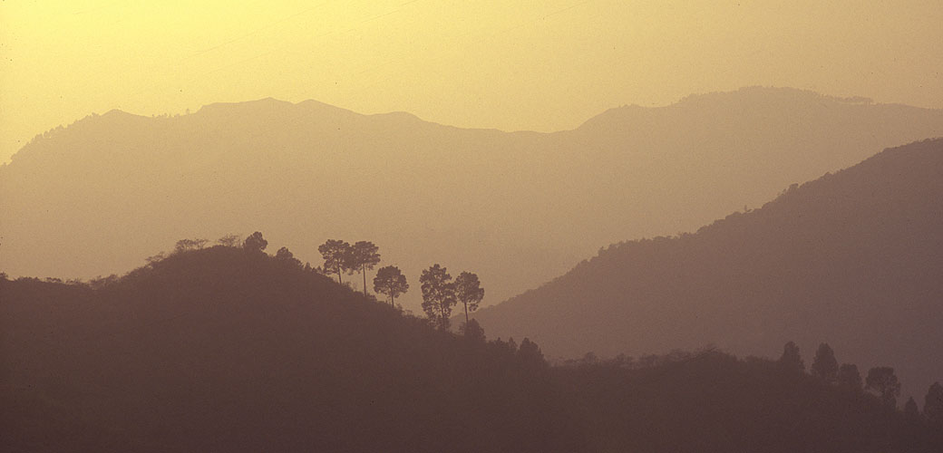 Evening sun in the valley of the GangesNikon F5, 180mm, Fuji Velvia 100