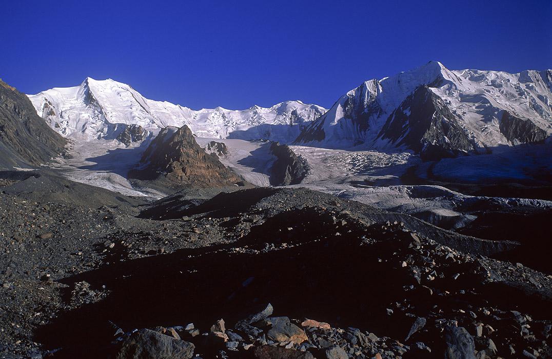 karumbar_south_peaks