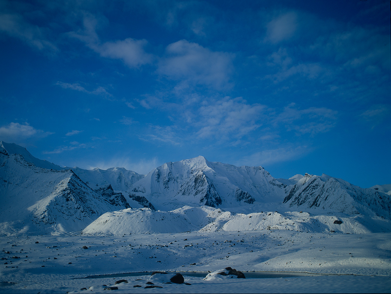 A view of the peaks lying immediately to th south of the Karumbar Pass, ChitralBronica ETRSi, Fuji Velvia