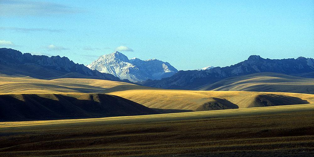 From the road to the Torugart PassNikon FM2, 24mm, Fuji Velvia
