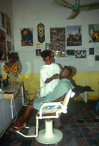 Barber's shopNikon F5, 17-35mm, Fuji Velvia 100