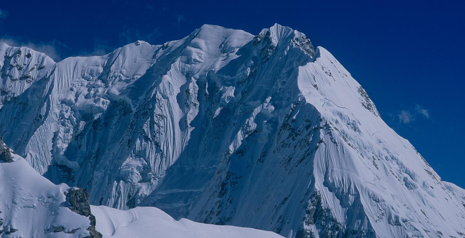 nepal_peak_drohmo_ri_2000RVP