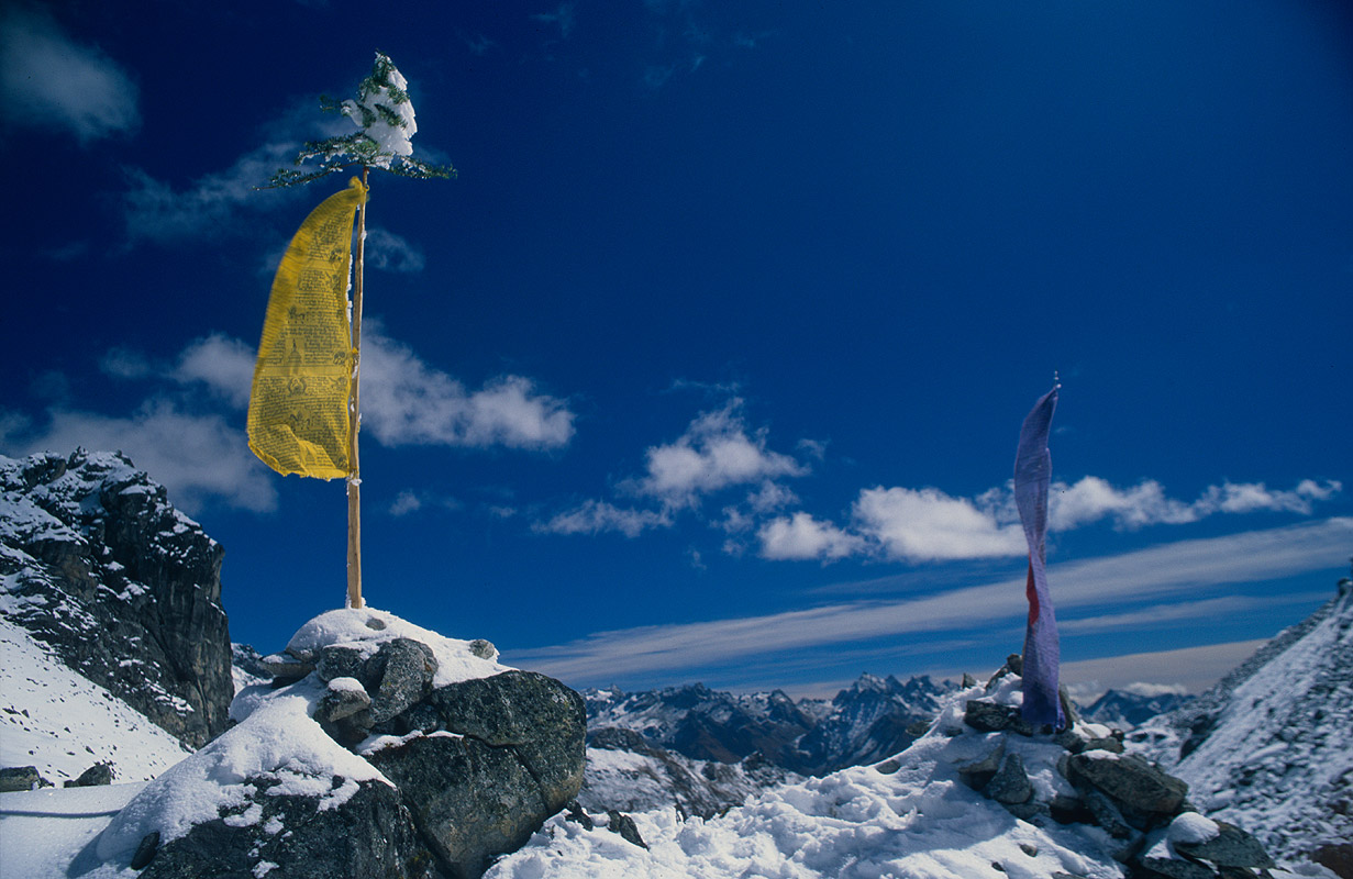 Above the plains of Uruthang (Warthang) on the Lunana / Snowman trekNikon FM2, 28mm, Fuji Velvia