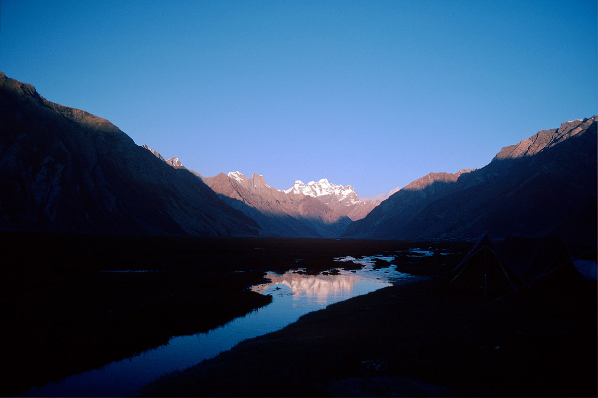 The highest peak in Ladakh, seen from the Zanskar Valley near RangdumCanon A1, 28mm, Kodachrome 64
