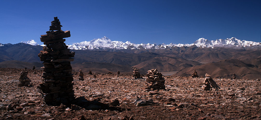 A view to Makalu and Everest from this spectacular pass on the road to Everest from TibetBronica ETRSi, 50mm, Fuji Velvia