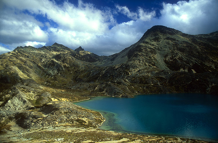 A high altitude lake in the Sierra ValdeviesoNikon FM2, 24mm, Fuji Velvia