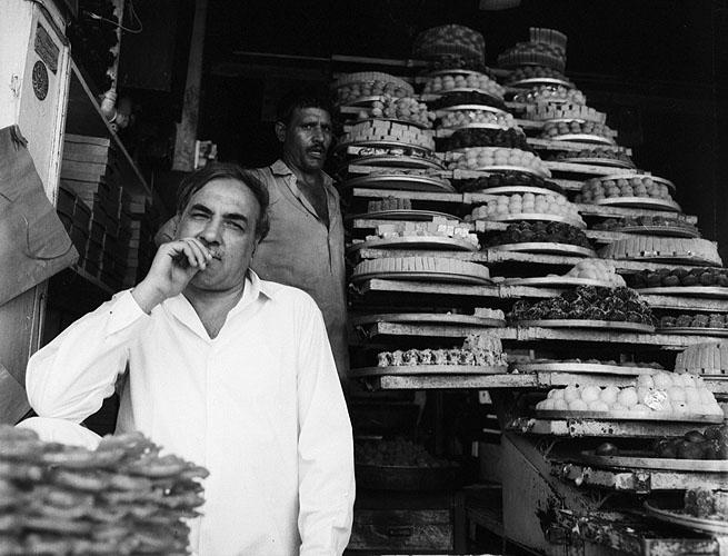 peshawar_sweetshop