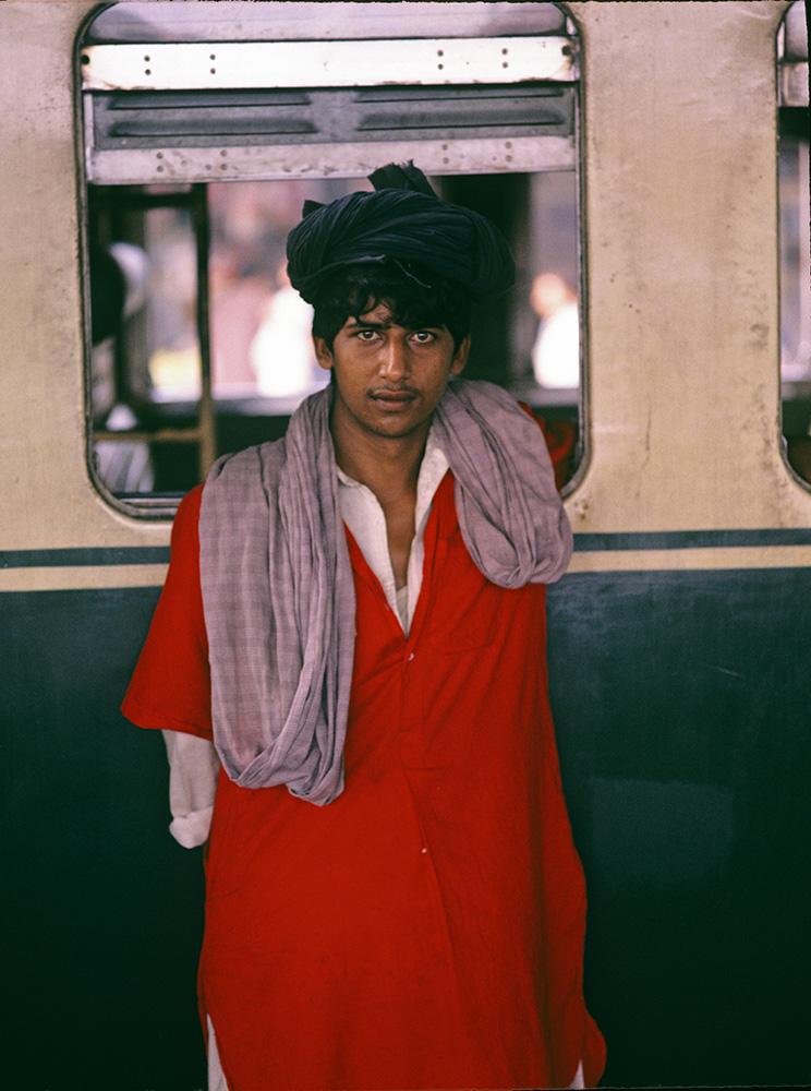 At Rawalpindi Cantonment stationBronica ETRSi, 75mm, Fuji Velvia