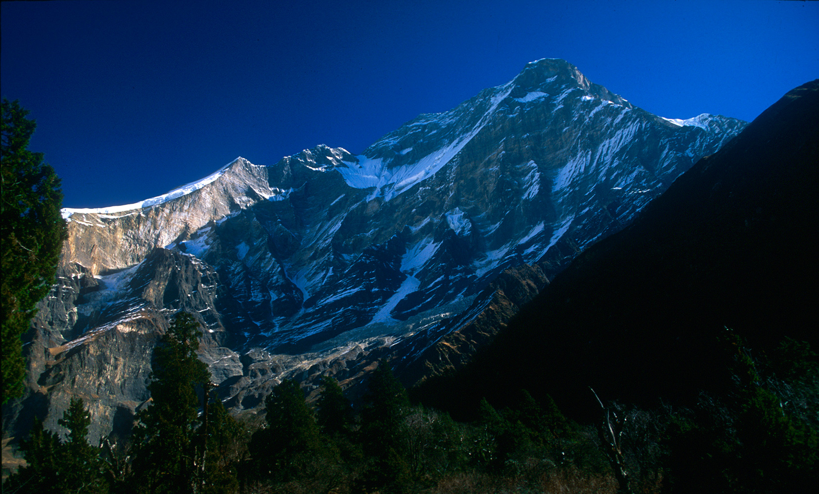 Seen from the upper Myagdi Khola.Nikon FM2, 24mm, Fuji Velvia