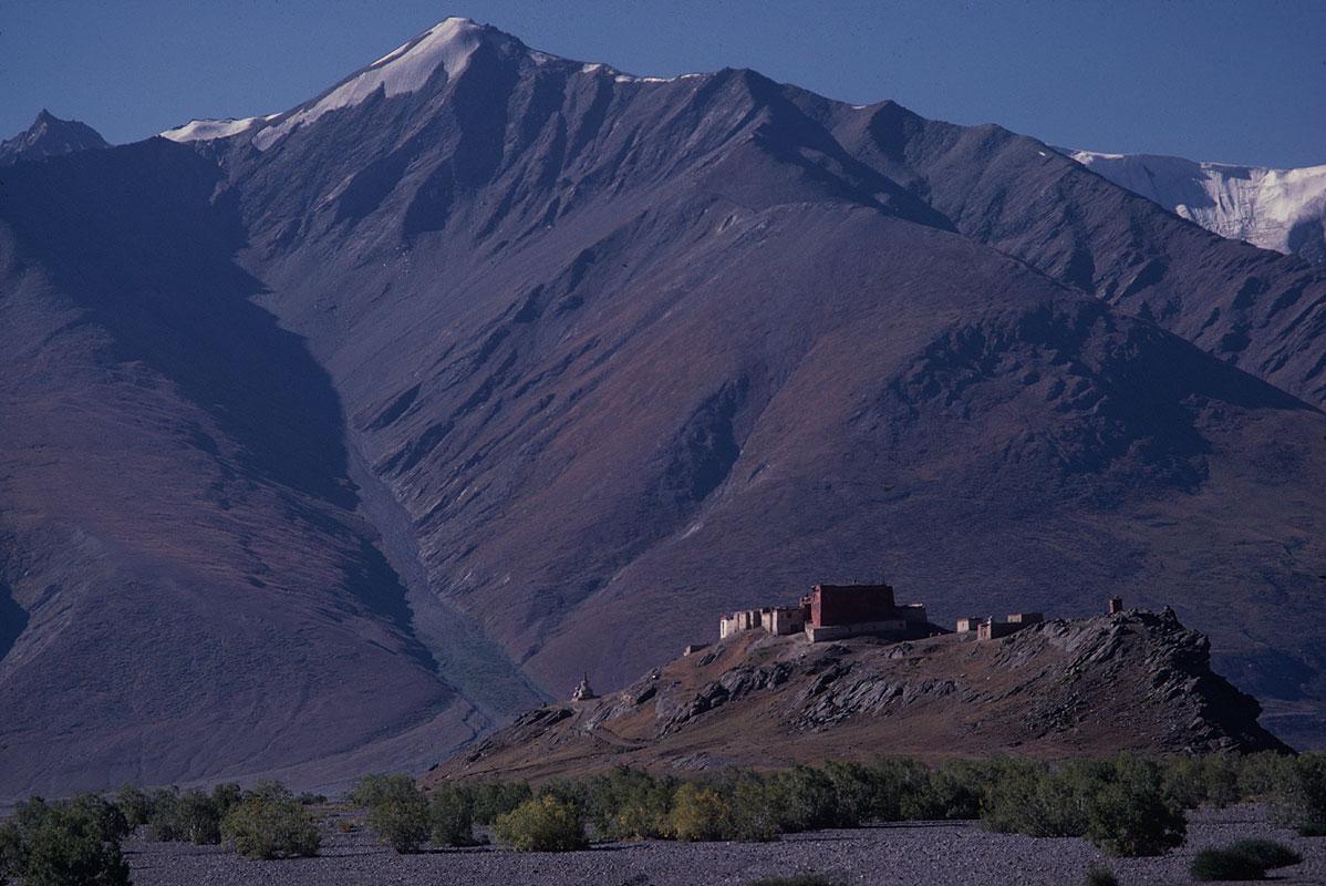 Zanskar, IndiaCanon A1, 135mm, Kodachrome