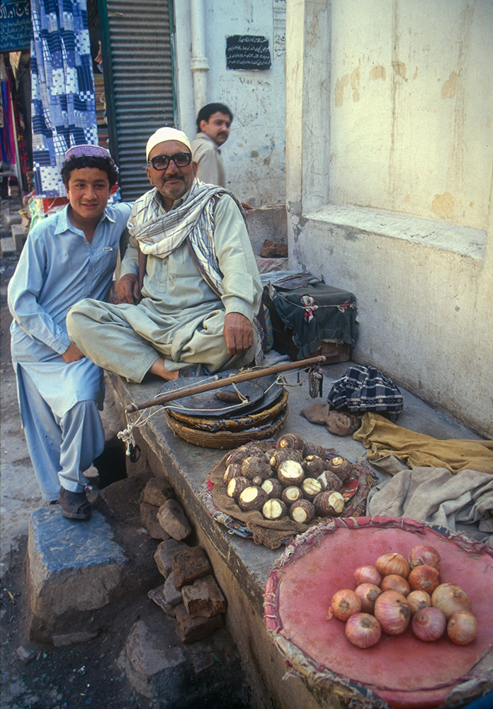 Vegetable sellers in the old city of PeshawarCanon EOS 500, 28mm, Fuji Velvia