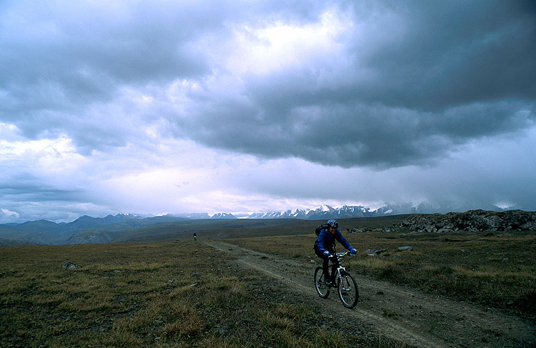 Crossing the 3700m Mingtur Pass from Kazakhstan to Kyrgyzstan in Central AsiaNikon FM2, 24mm, Fuji Velvia