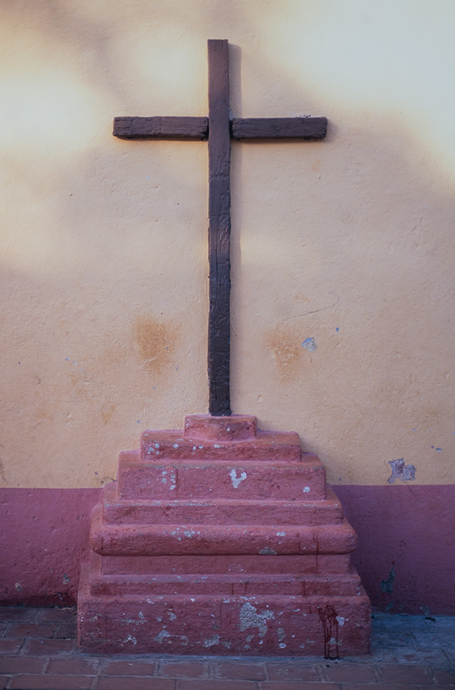 Church CrossNikon FM2, 50mm, Velvia