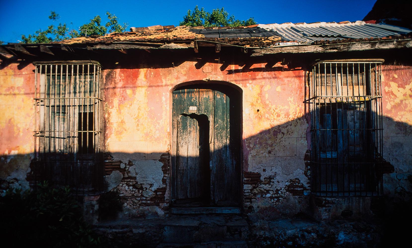 Colonial era housefrontNikon FM2, 50mm, Velvia
