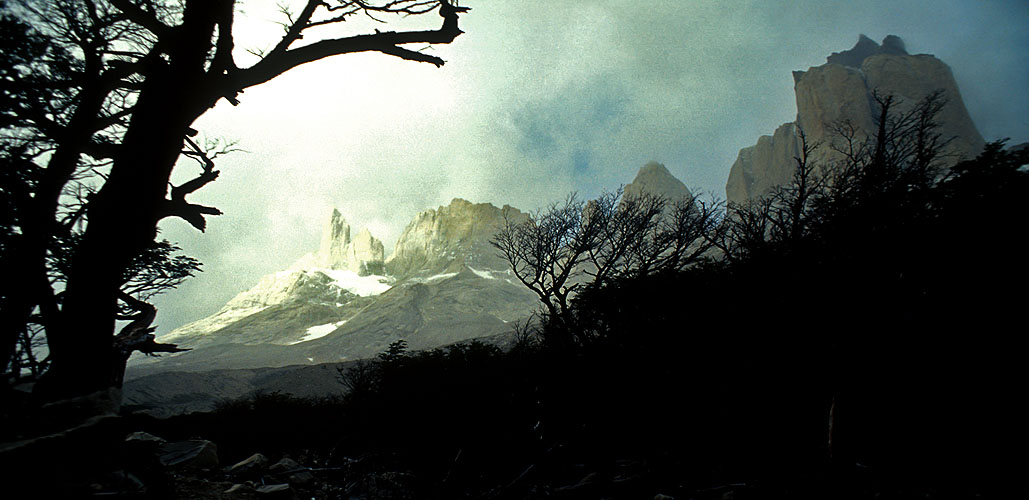 A view into the upper Valle del Frances from near Campo. BritanicoNikon FM2, 24mm, Fuji Velvia