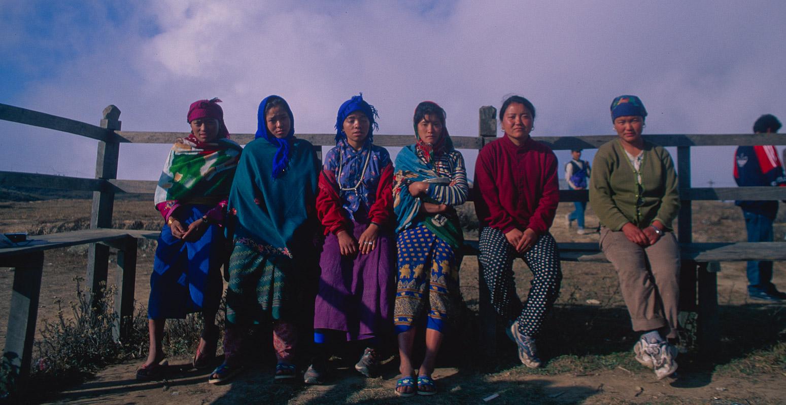 women_porters_sukhetar_2000RVP