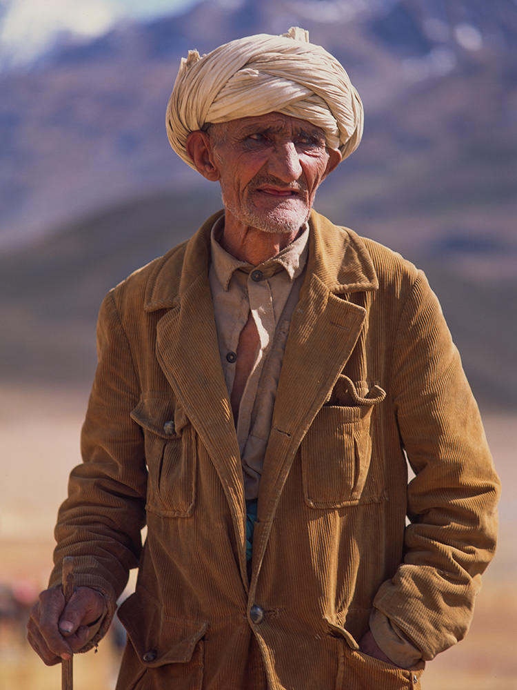 The upper Yarkhun is populated by a migrating group of people of Tajik, Kirghiz, Wakhi, Afghan and Hunza ethnic origin, reflecting the fact that this remote place lies where the lands of these tribes all meet.Bronica ETRSi, Fuji Velvia