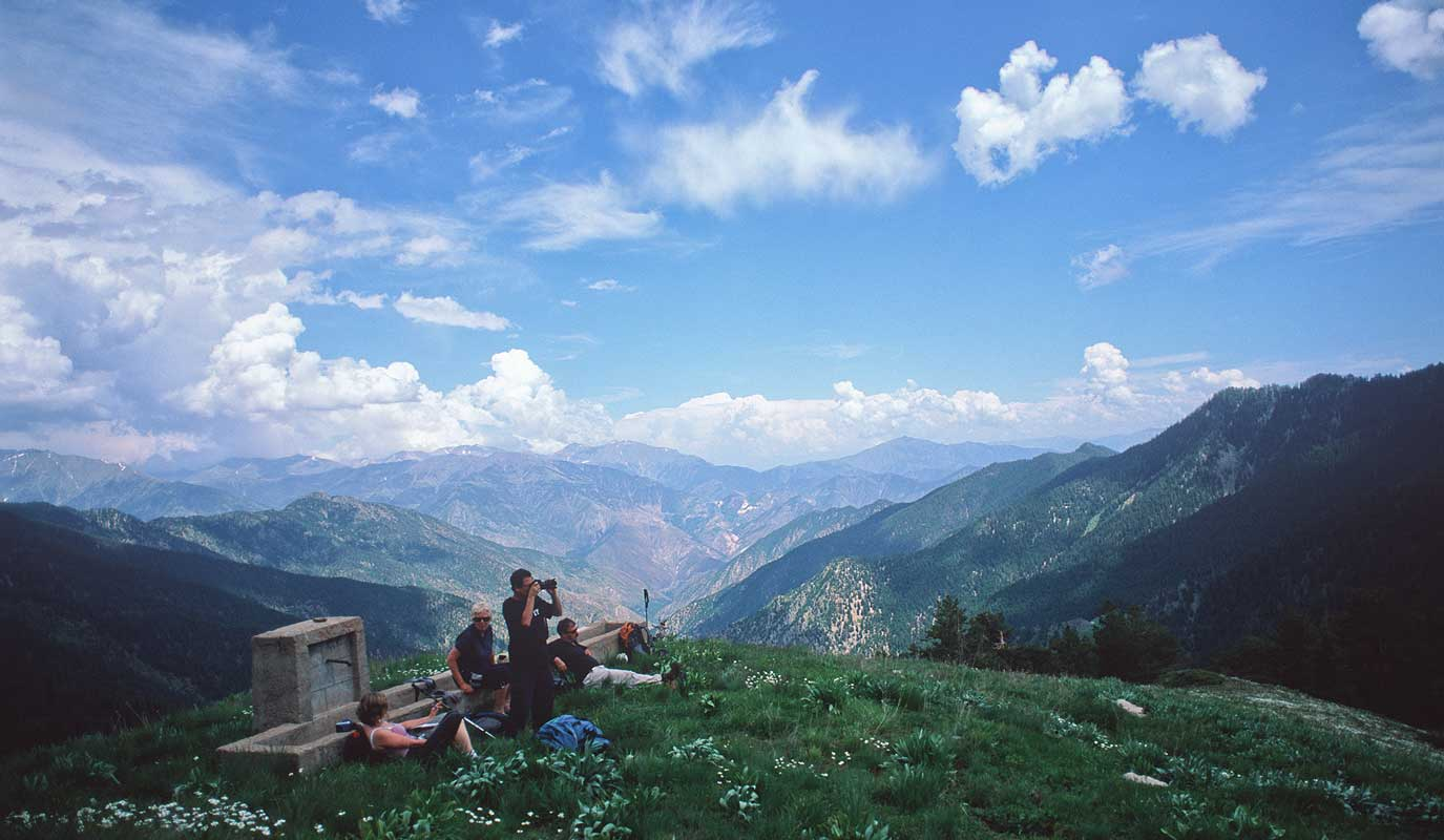 At Sura Yayla on the climb to the Zitlop Sirti ridge