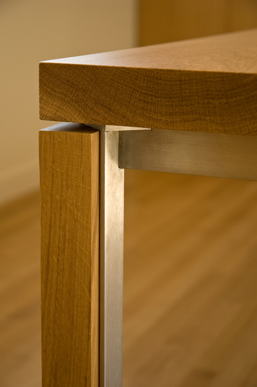 Table Detail Nussbaum Puck Table Furniture Campoamor