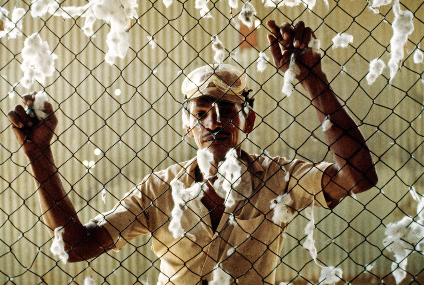 65_Nicaragua_Cotton_worker