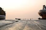 Bangladesh_Ship_Breaking_6843_PRINT