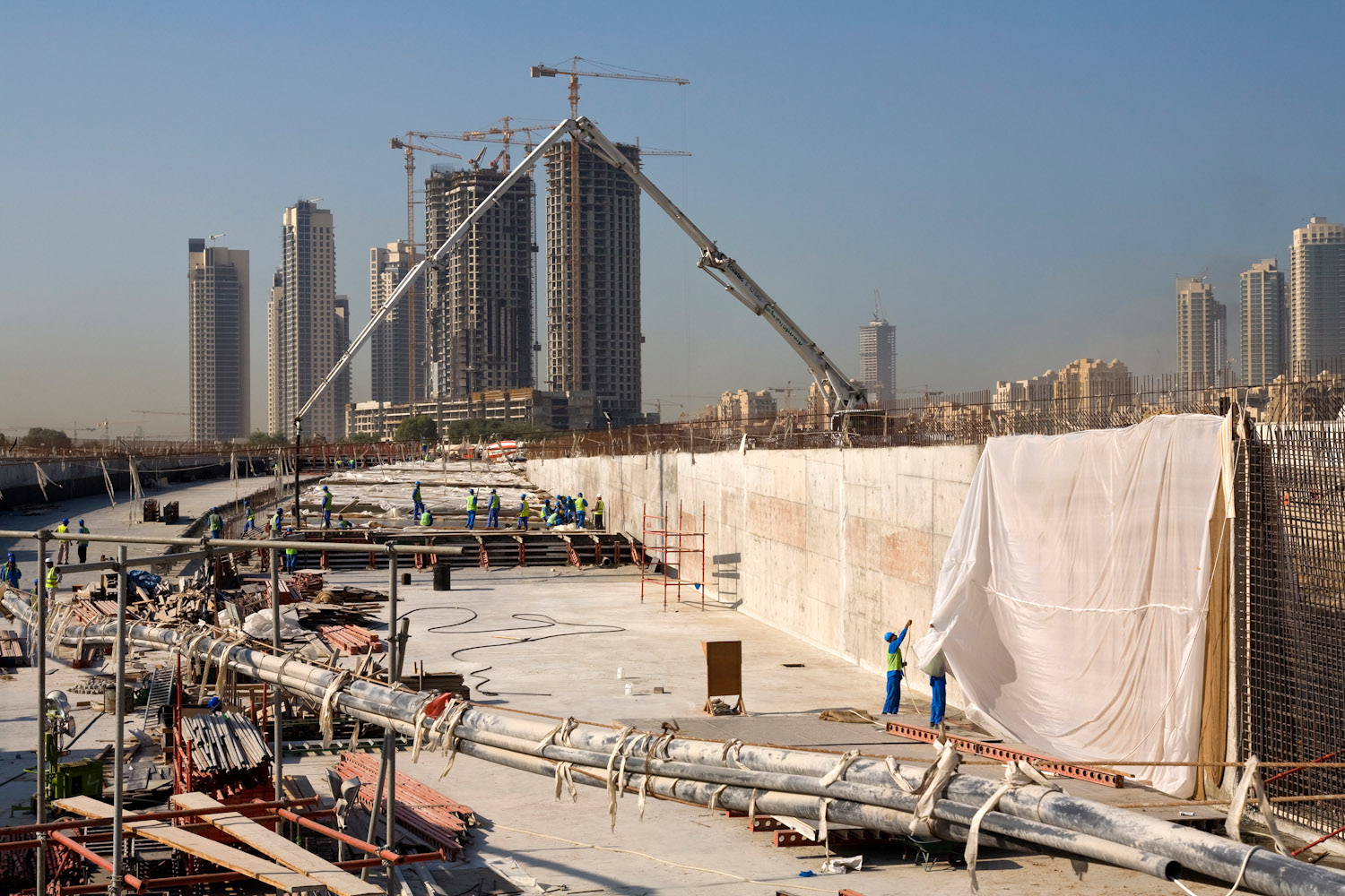 Dubai_construction_001a